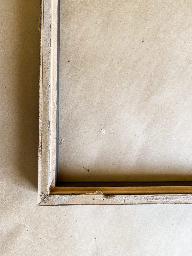 Picture-frame-staples